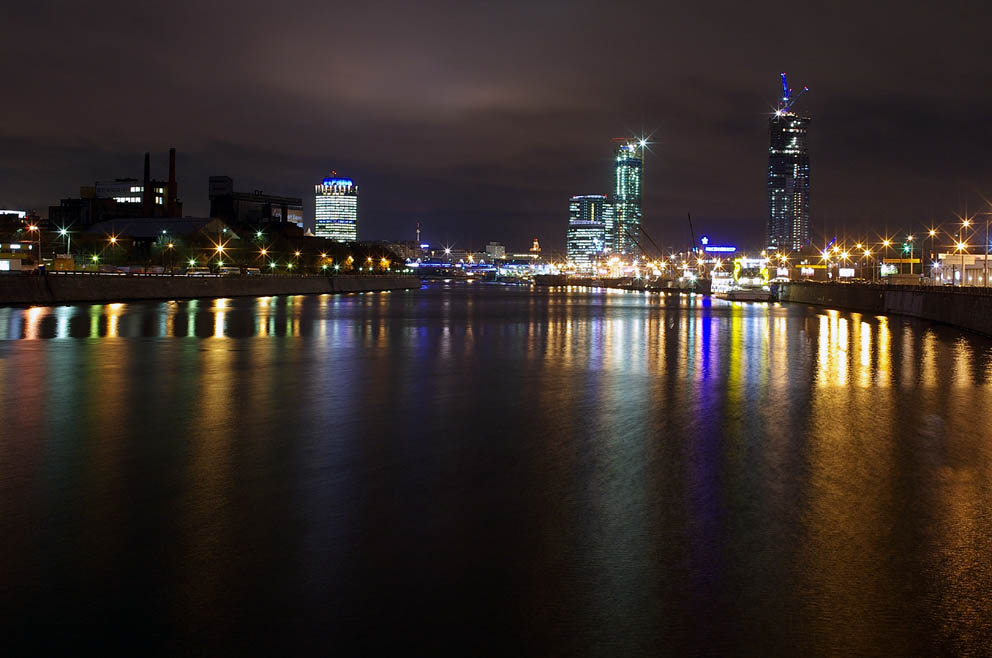 The Moscow - river at the night