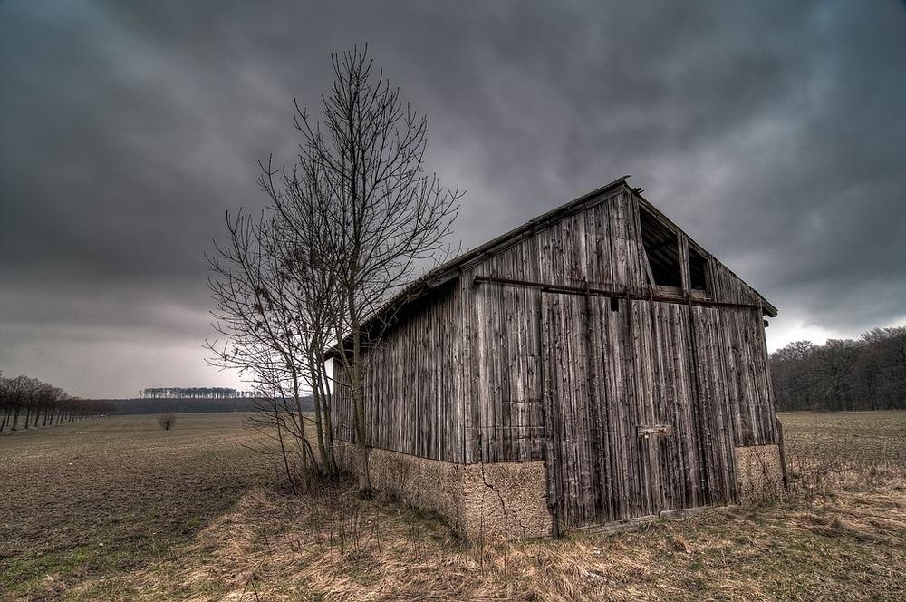 The old Barn bevor Darkness