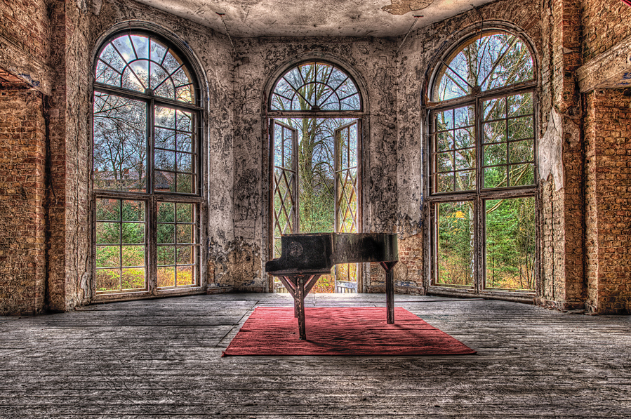 the old piano #1