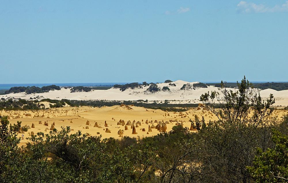 ..The Pinnacles Desert 1..
