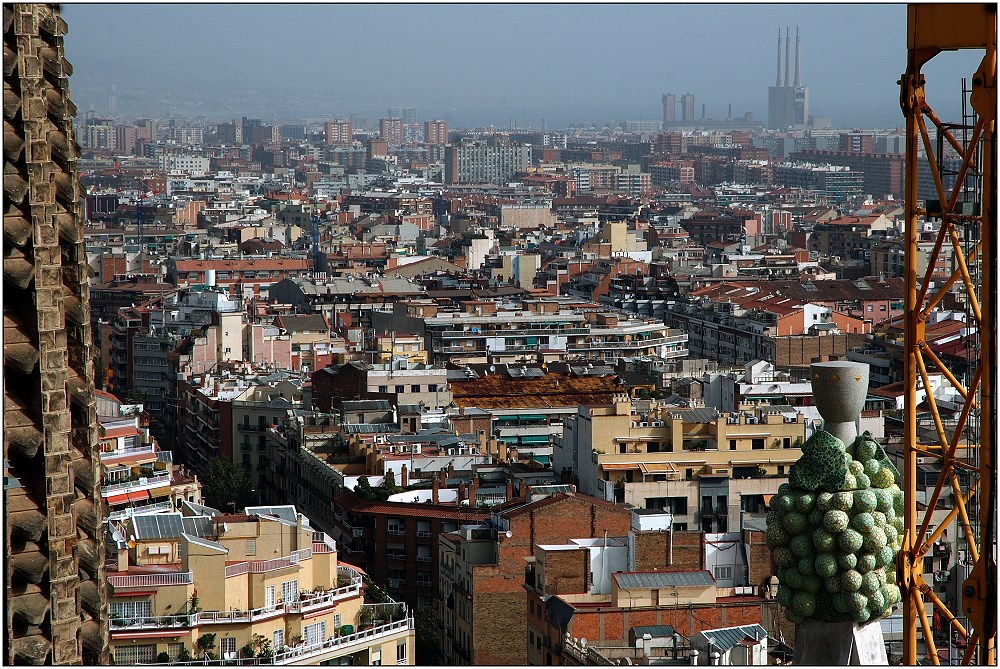 ... the roofs of Barcelona ...