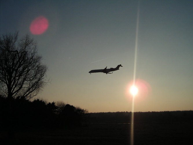 The Sun and the Aircraft