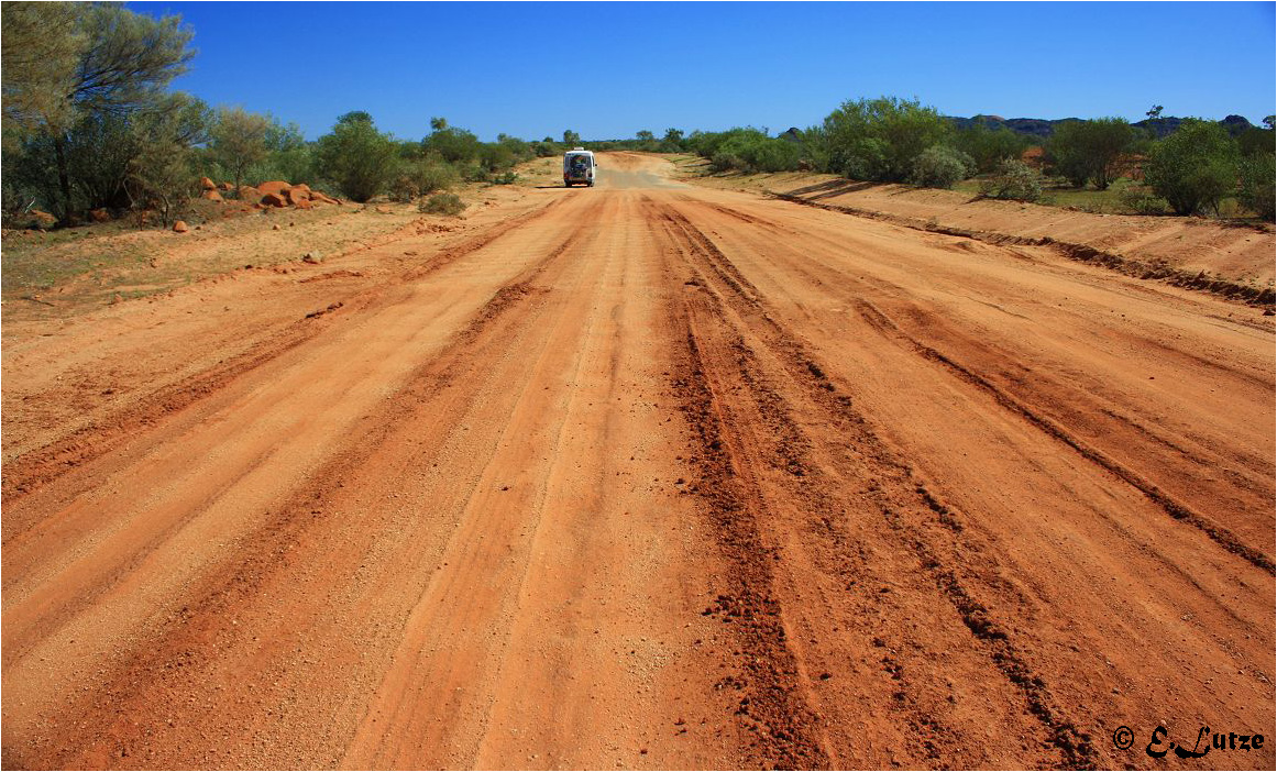 The Tanami Dessert Road***745 KM No Petrol Service