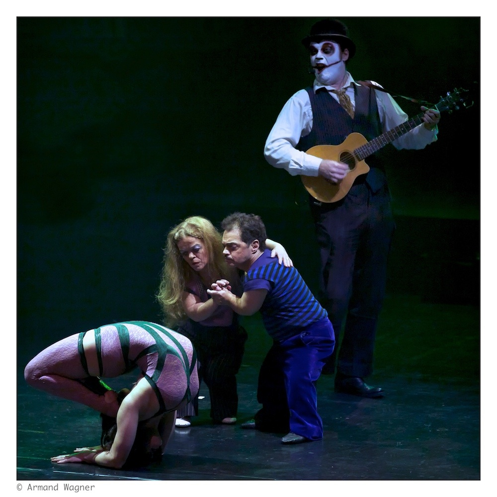 the Tiger Lillies Freakshow .7