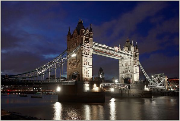 The Tower Bridge - Classicview