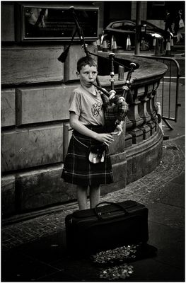 The wee piper on the Royal Mile