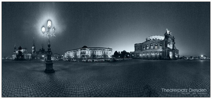 Theaterplatz Dresden