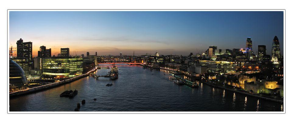 Themse-Panorama (IV)