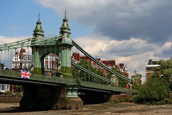 Themsefahrt von London nach Hampton Court 59: Hammersmith Bridge