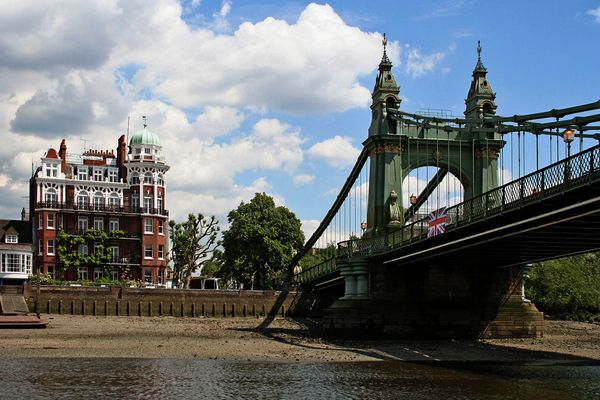 Themsefahrt von London nach Hampton Court 60: Hammersmith-Bridge