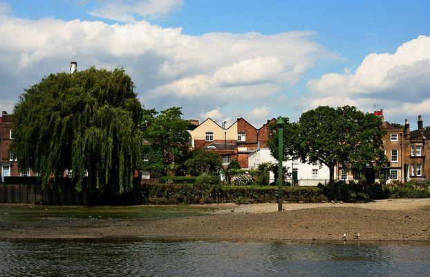 Themsefahrt von London nach Hampton Court 75