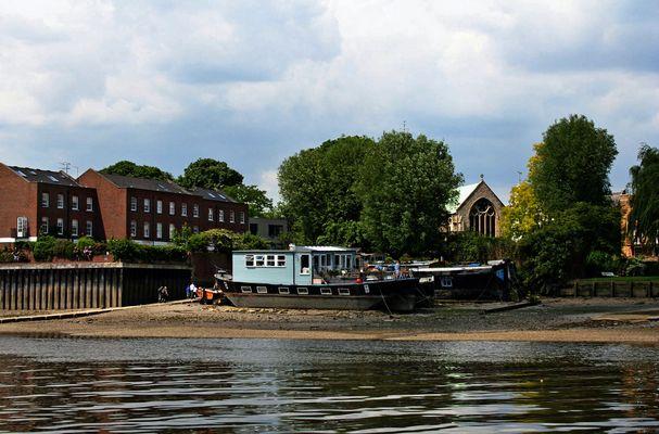 Themsefahrt von London nach Hampton Court 76