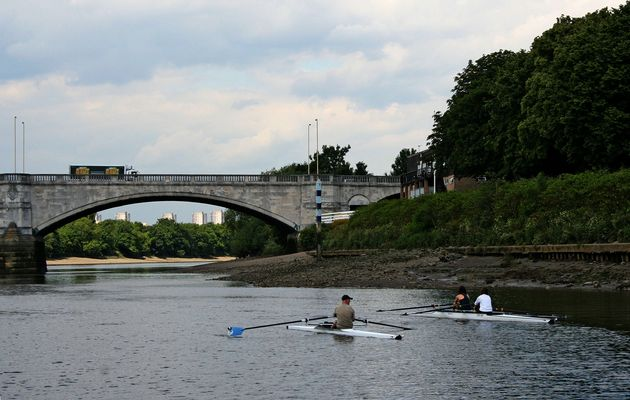 Themsefahrt von London nach Hampton Court 82: Cetswick Bridge