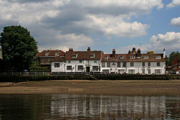 Themsefahrt von London nach Hampton Court 87