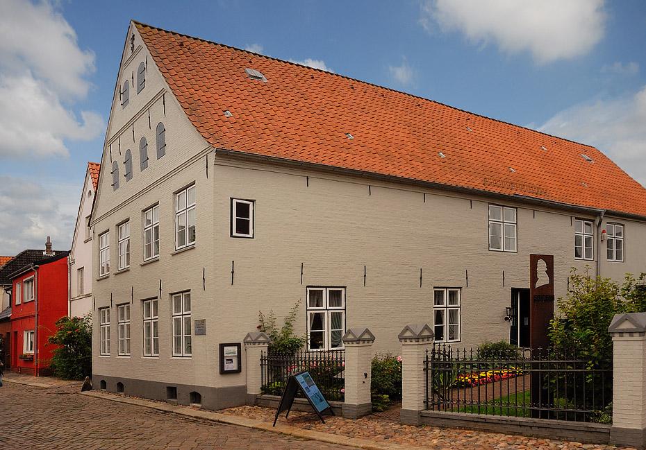 theodor storm haus i foto bild deutschland europe schleswig holstein bilder auf fotocommunity. Black Bedroom Furniture Sets. Home Design Ideas
