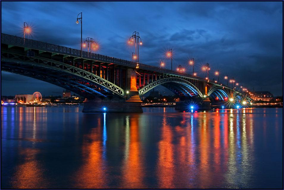 Theodorheussbrücke ( third foto )