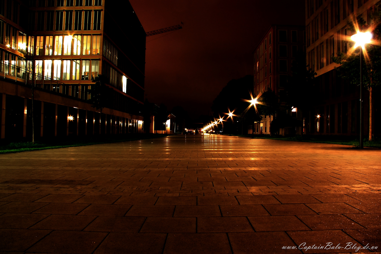 Theresienhöhe @ Night