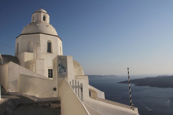 Thira Church