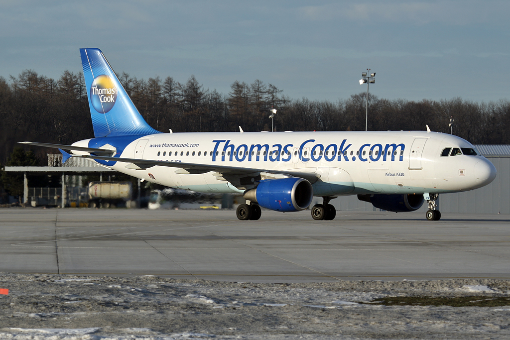 Thomas Cook Airlines Airbus A320-214 G-SUEW