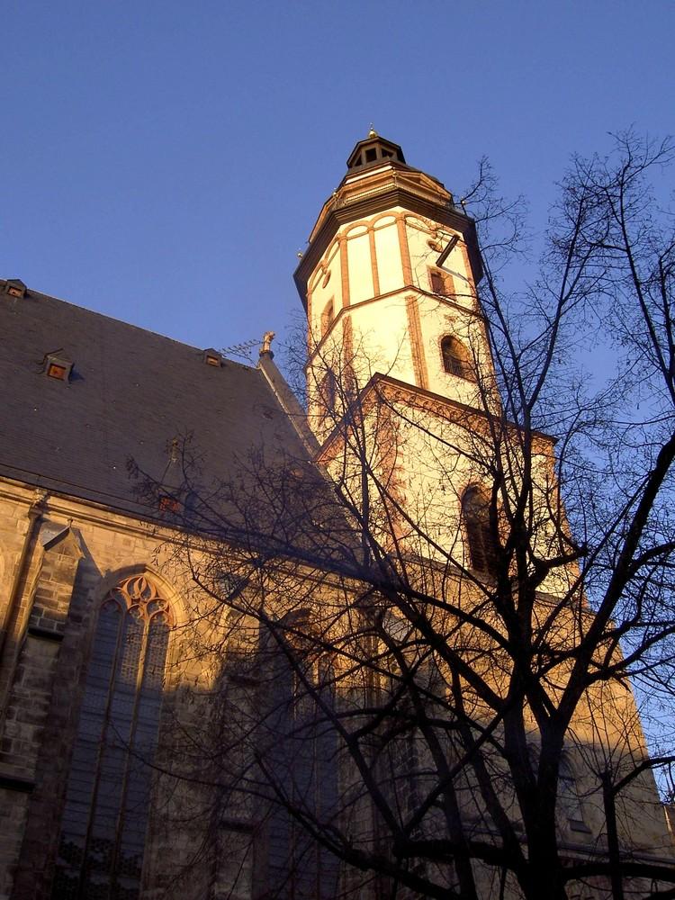 Thomaskirche in Leipzig am Silvestertag