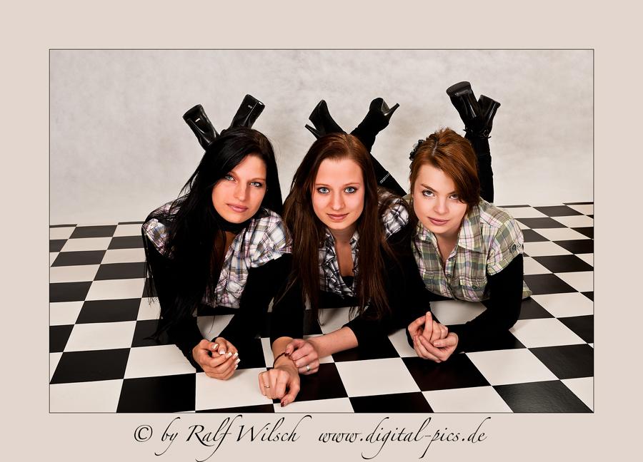 Three Ladys III