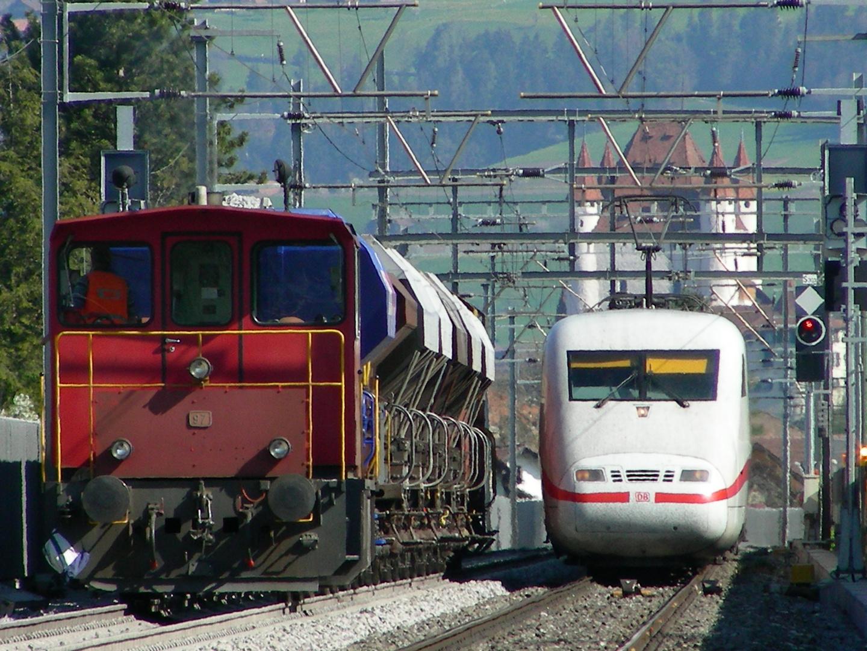 Thun - Spiez - Interlaken Ost .