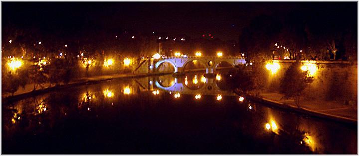 Tiber bei Nacht