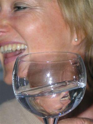 tief ins Glas geguckt
