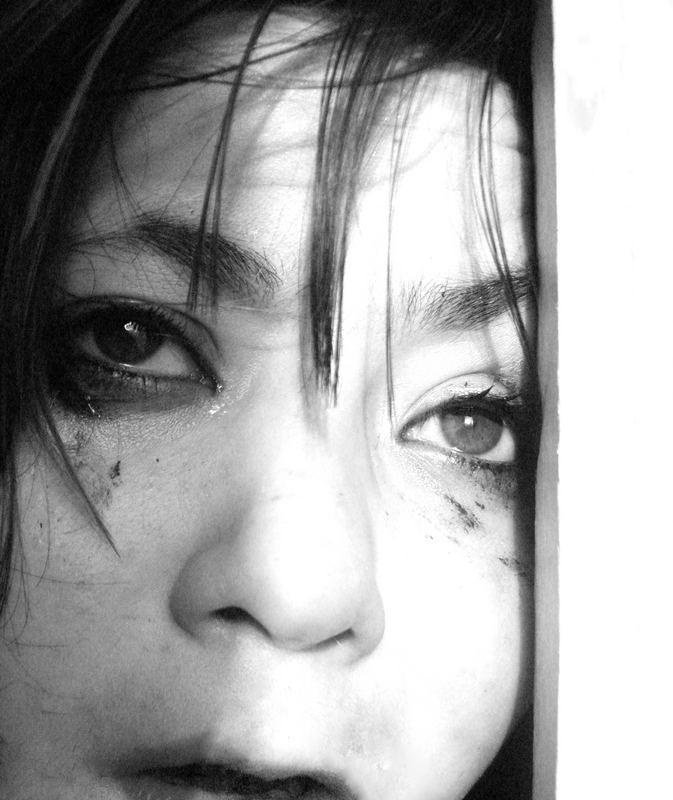 tief verschleiert, ihr ungelebtes Leben.