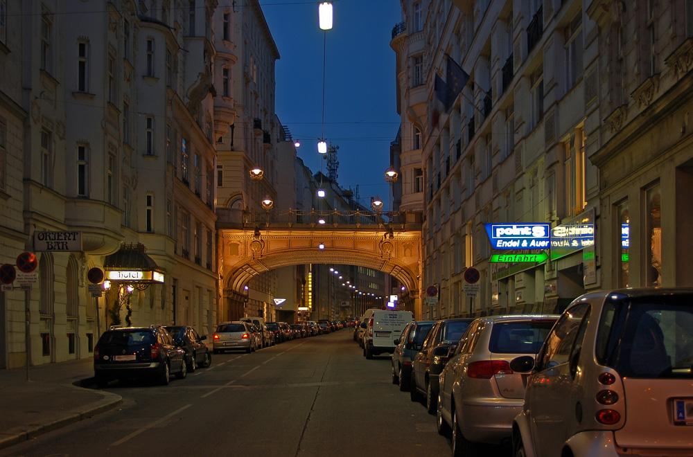 Tiefer Graben und Hohe Brücke