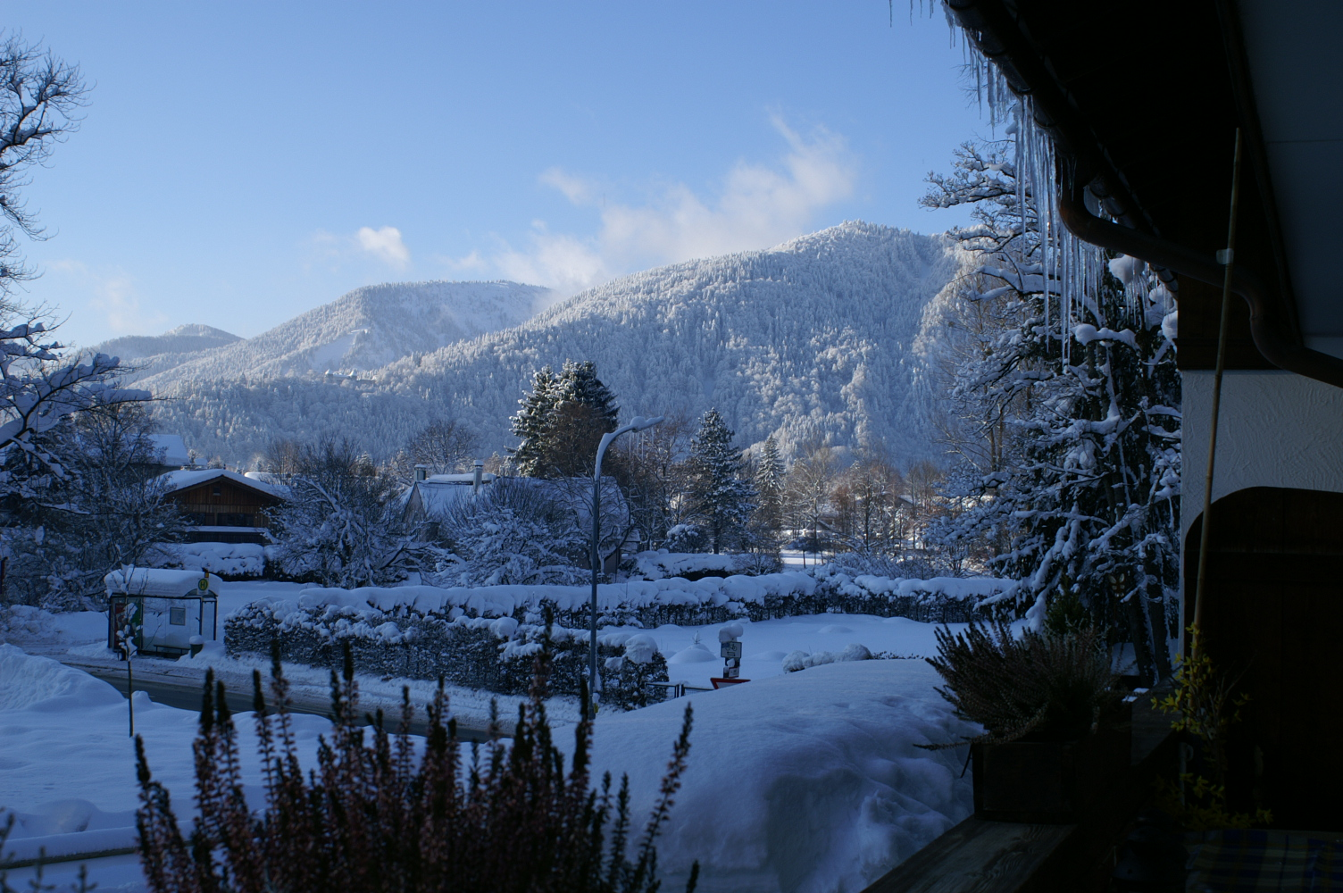 Tiefer Schnee in Tegernsee