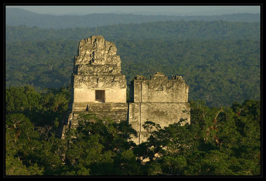 Tikal - Tempel 1 und 2