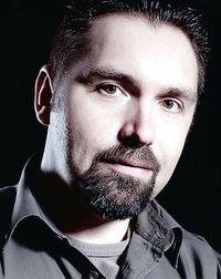 Tim Artner