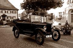 Tin Lizzy in Neuenburg am Rhein wie vor 80 Jahren...