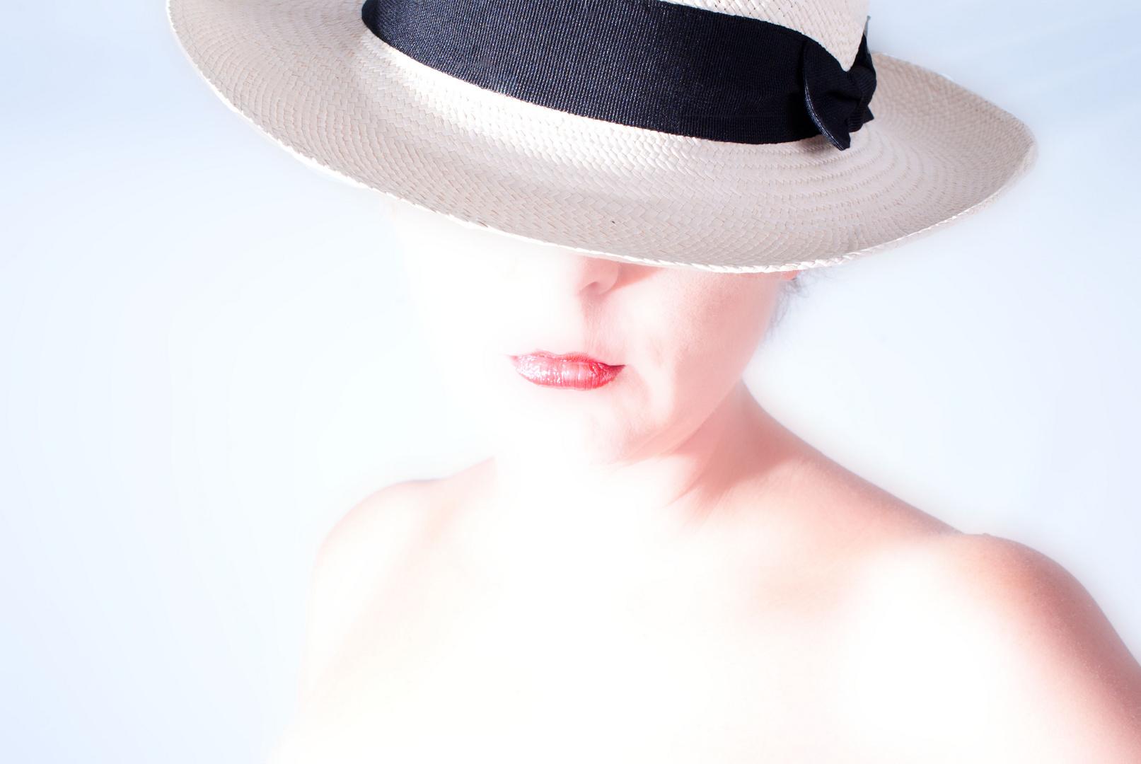 Tina mit Hut