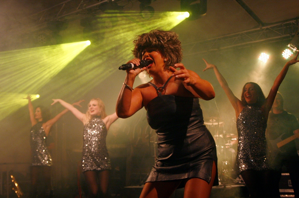 Tina Turner Revival Show