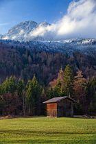 Tiroler Hütte am Fuße