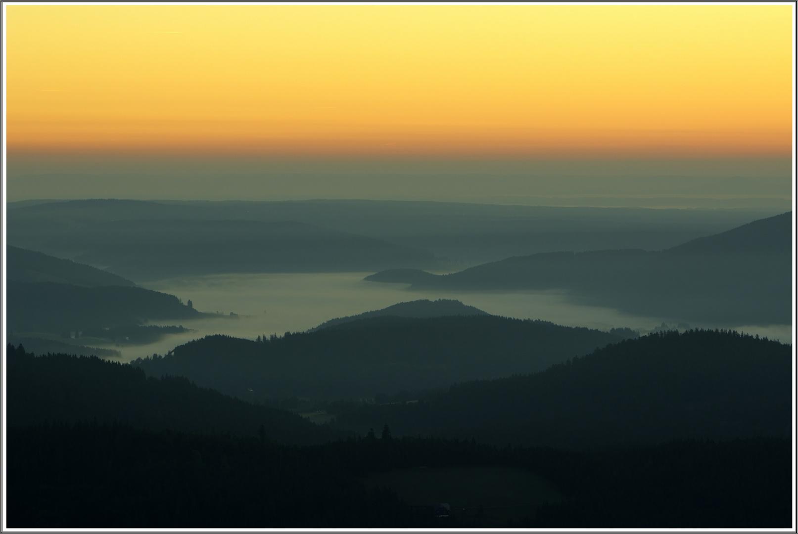 Titisee kurz vor Sonnenaufgang