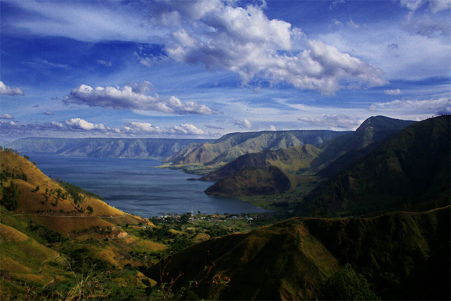 TOBA LAKE (North Sumatera)