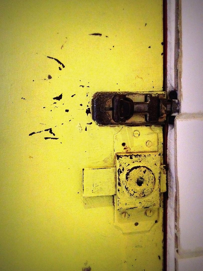 Toilettentür mit Schliesse