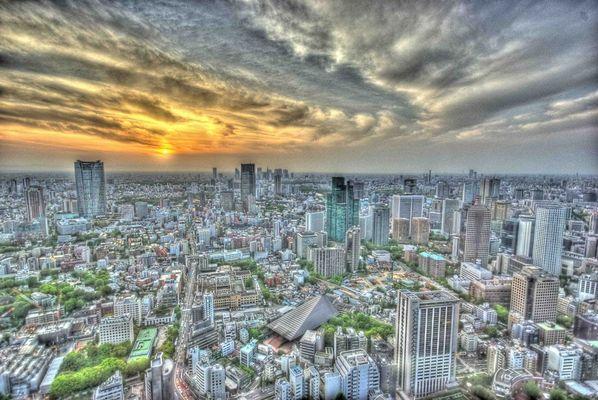 Tokio Skyline im Sonnenuntergang