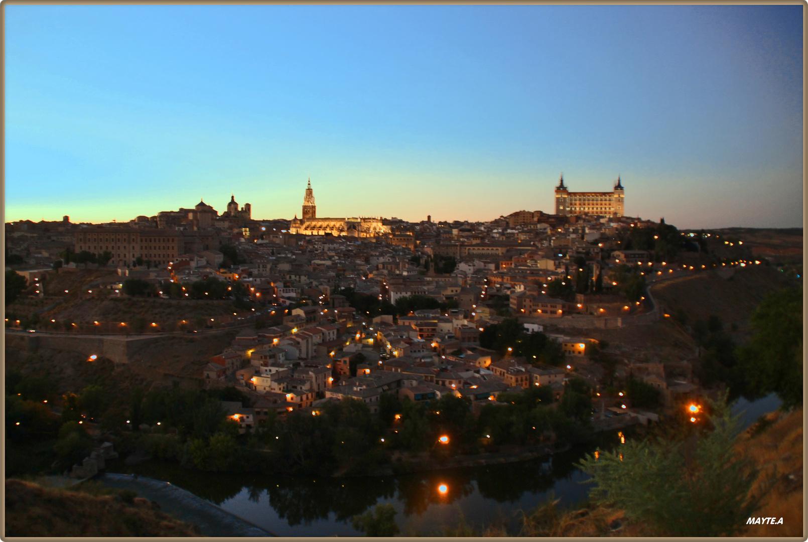 Toledo de noche.