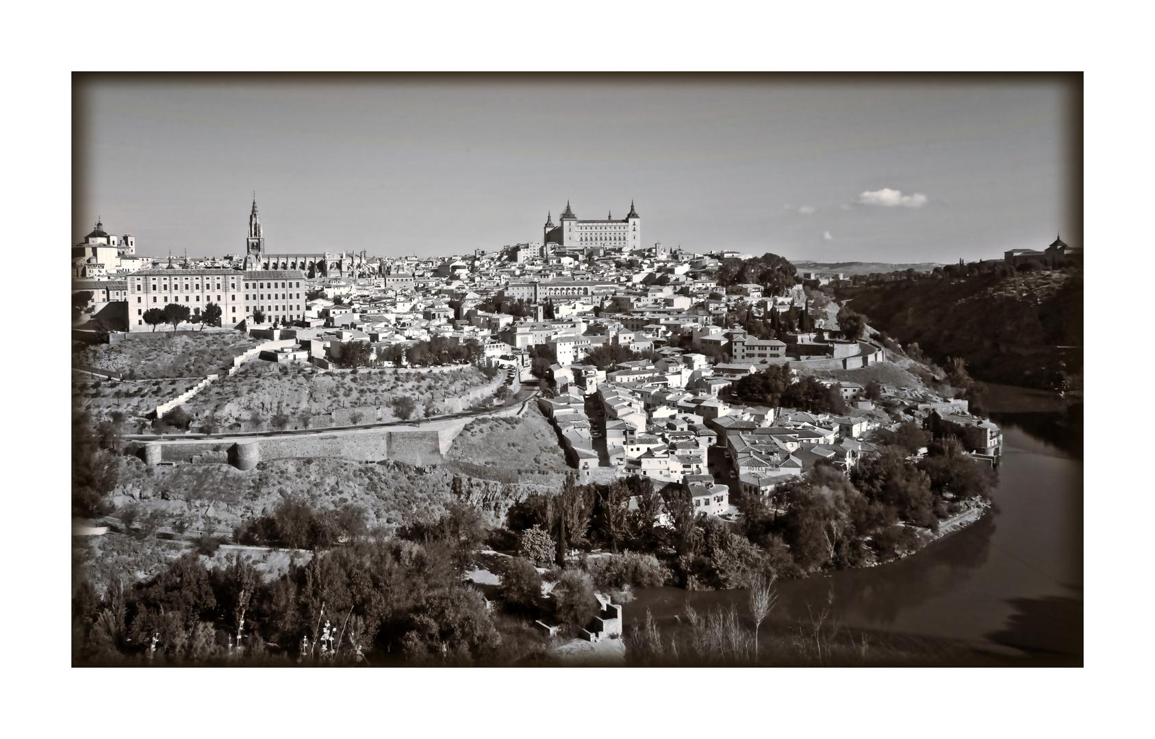 Toledo en B/N....