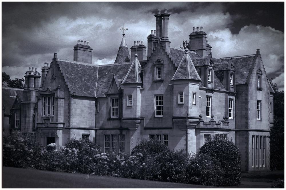 Tollcross Mansion House