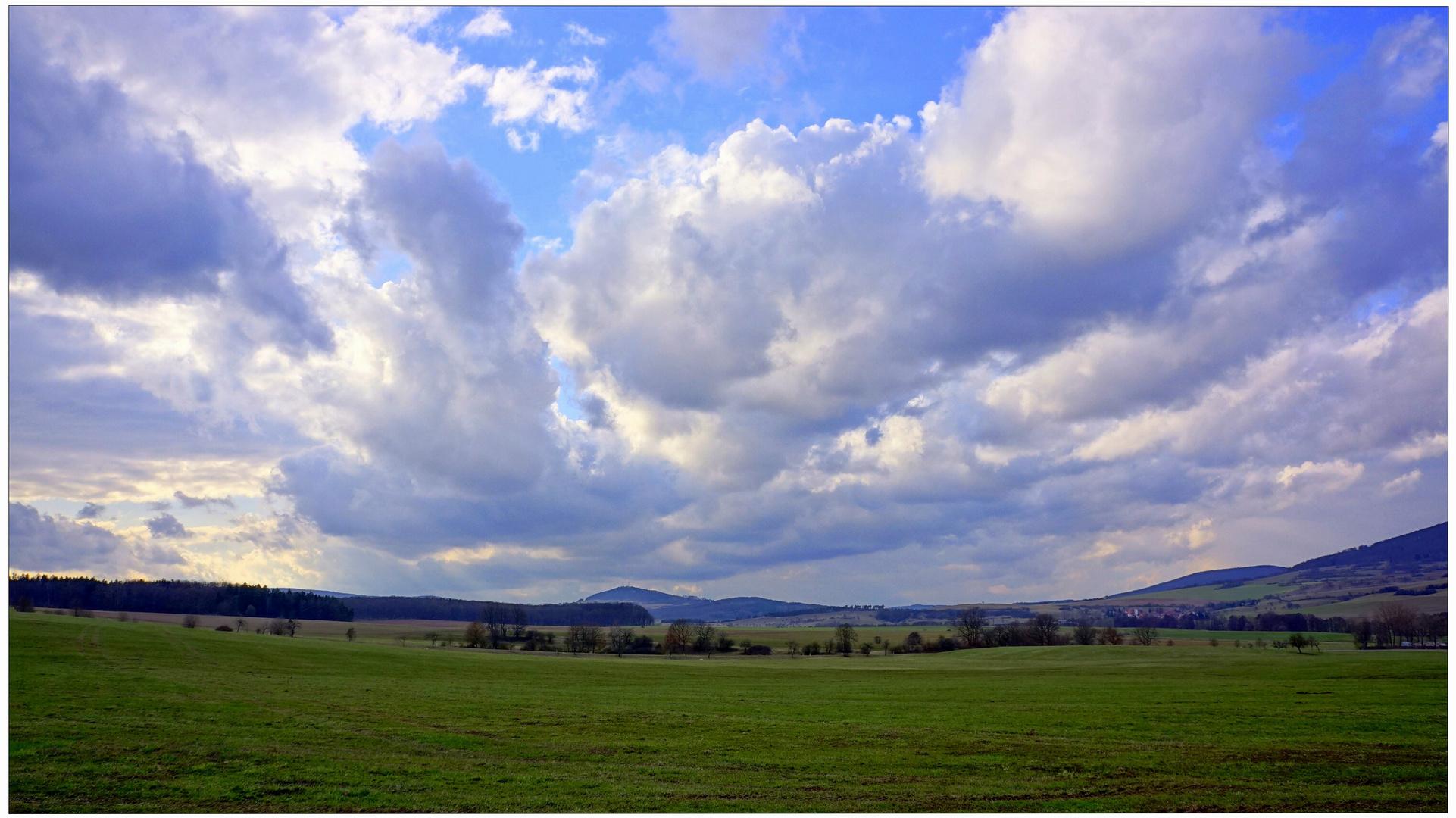 tolle Wolkenformationen III (formaciones de nubes fantásticas III)