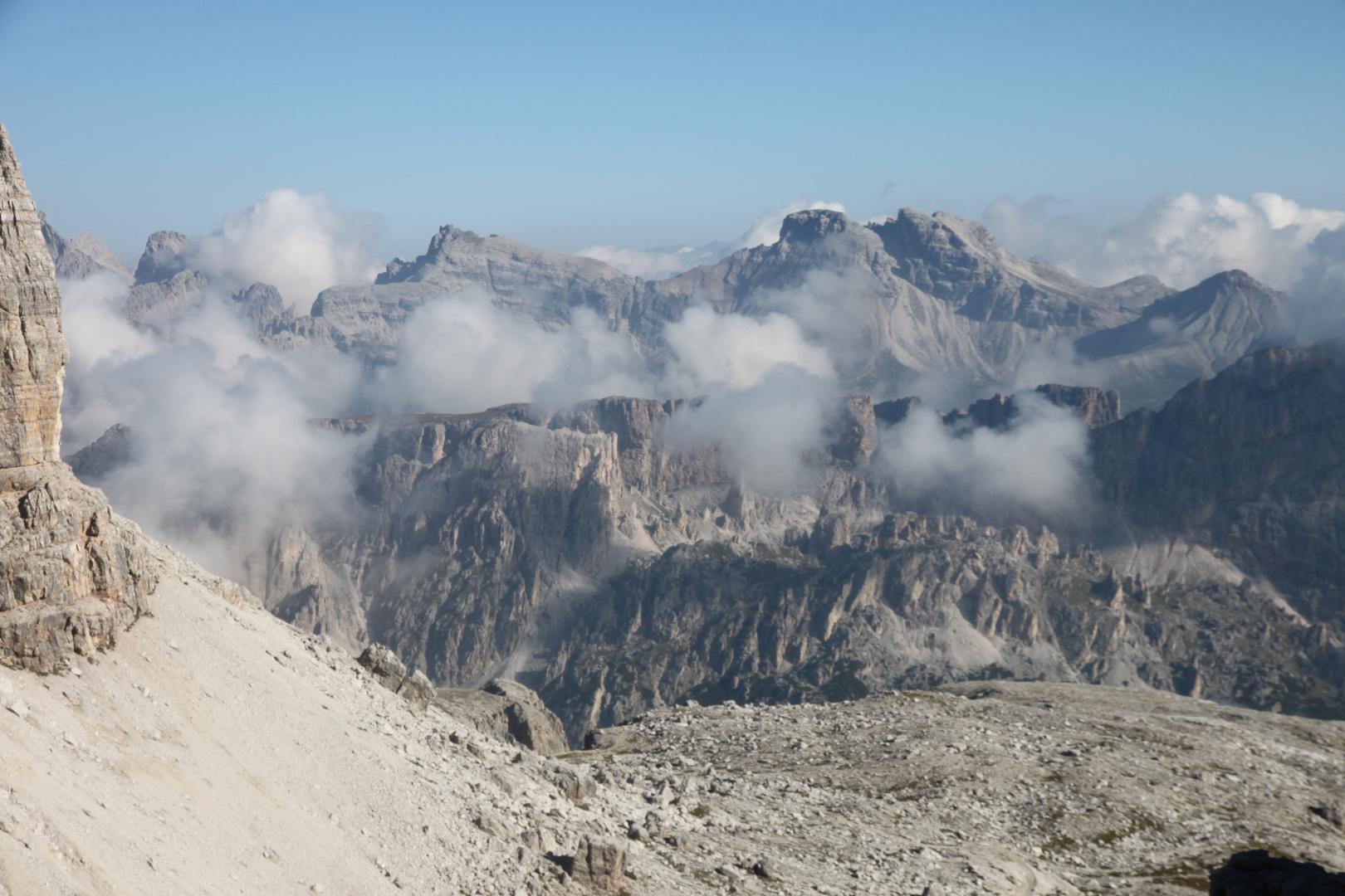 Toller Berg mit Wolken