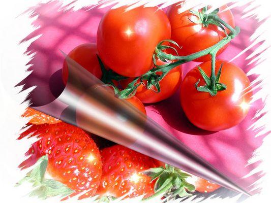 Tomate Erdbeere