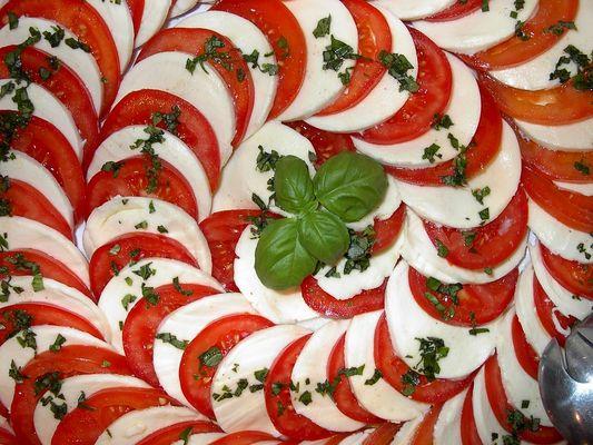 Tomaten-Mozarella-Vorspeise