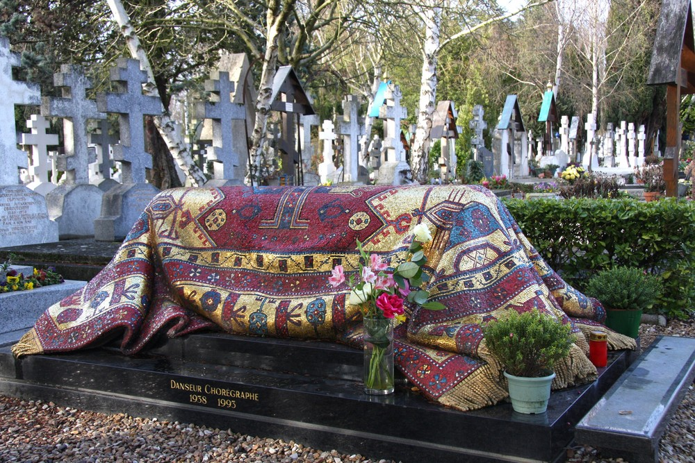 Tombe de Rudolf Noureev