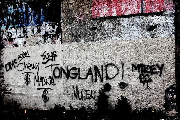 TONGLAND !